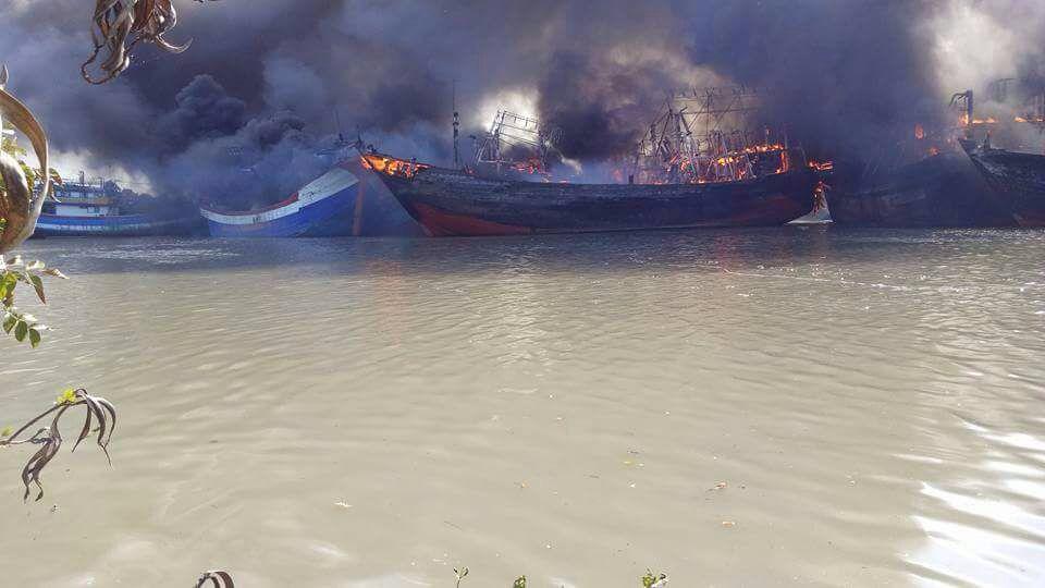 Kebakaran Kapal Pulau Seprapat, Pemadam Kesulitan Jangkau Api