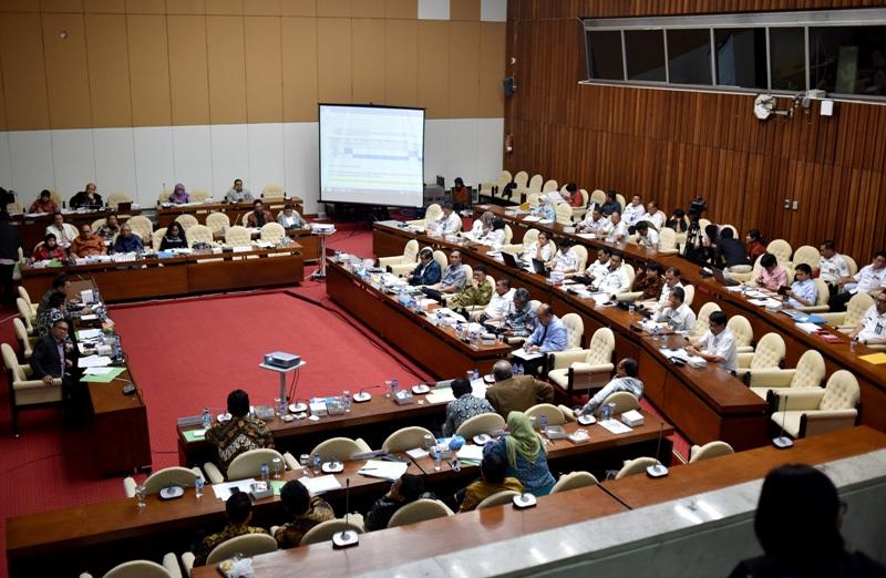 Rapat Pansus RUU Pemilu (Antara)