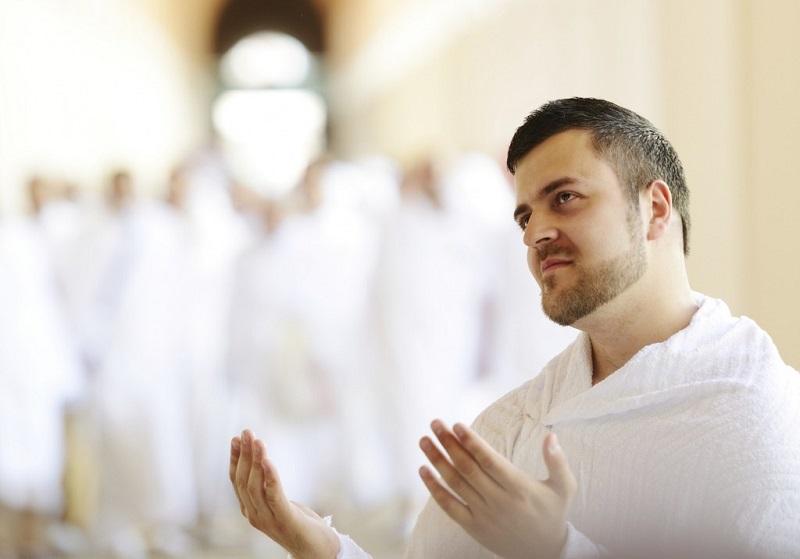 Makna Kain Ihram yang Selalu Dikenakan Jamaah Haji