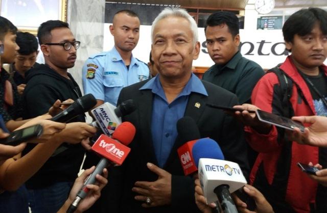 Wakil Ketua DPR, Agus Hermanto (foto: Okezone)
