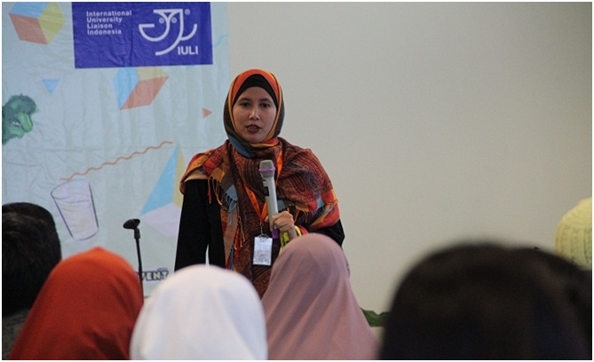 Mirza Rizqi Zulkarnain, STP, MSC dalam Seminar Life Science Fair International University Liaison Indonesia