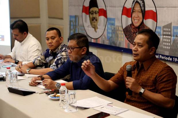 Waketum Gerindra Ferry Juliantono (kanan) dalam sebuah diskusi (foto Sindonews/Okezone)