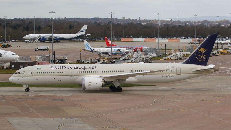Bermasalah dengan Sayap, Pesawat Saudi Terbang Mengelilingi Bandara Manchester Selama 4 Jam