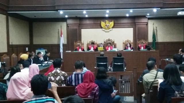 Terjerat Korupsi E-KTP, 2 Eks Pejabat Kemendagri Divonis 7 dan 5 Tahun Penjara