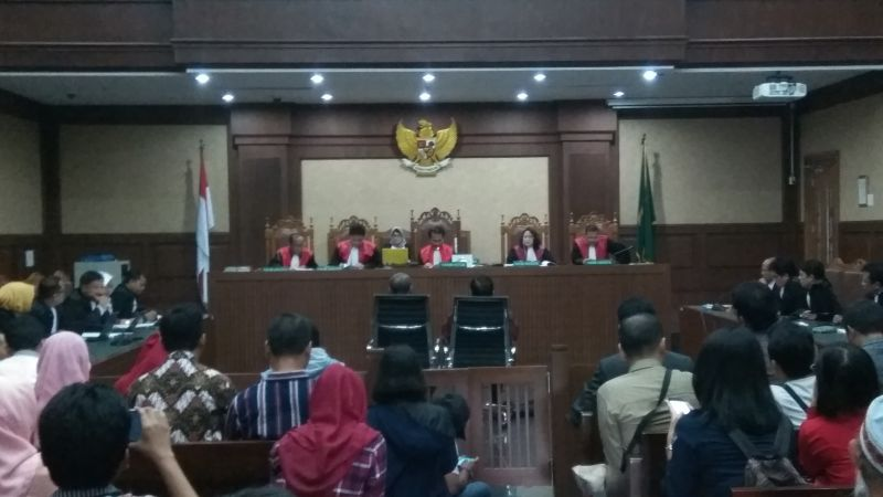Sidang Korupsi E-KTP, 2 Mantan Pejabat Kemendagri Divonis Penjara 7 dan 5 Tahun