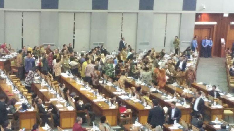 Diputuskan Malam Ini, PAN, Gerindra, Demokrat dan PKS Pilih Mundur dari Voting RUU Pemilu