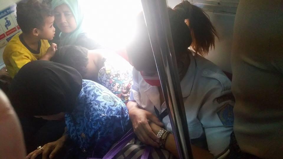 TOP NEWS (5): Menolak Beri Kursi Prioritas untuk Lanjut Usia, Wanita Berseragam Dishub Ini Diprotes