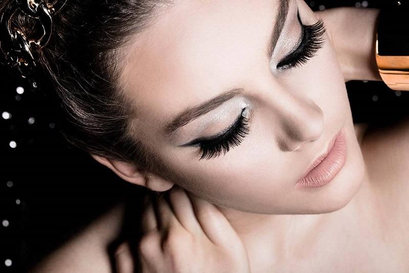 Beauty Capture Hindari Cuci Muka Dengan Air Hangat Trik Merawat Bulu Mata Agar Tidak Mudah Rontok Okezone Lifestyle