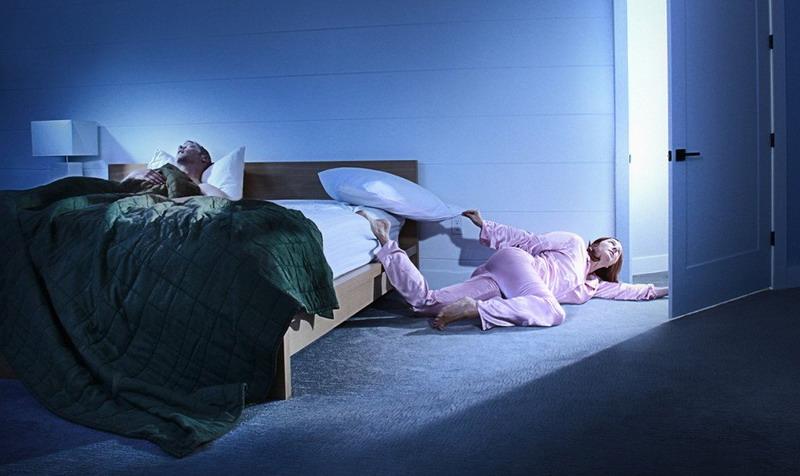 https: img.okezone.com content 2017 07 26 196 1744584 suami-istri-tidur-pisah-ranjang-benarkah-pernikahan-dianggap-gagal-yjIHke936m.jpg