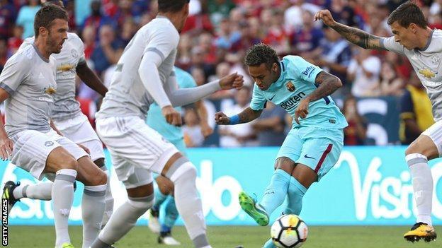 https: img.okezone.com content 2017 07 27 51 1745007 dikaitkan-dengan-manchester-united-valverde-neymar-bahagia-di-barcelona-awigPjGhKf.jpg
