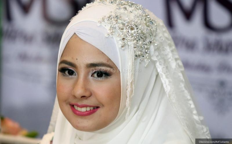 Berita Terbaru Ayu Ting Ting Gugat Cerai Oleh Suami