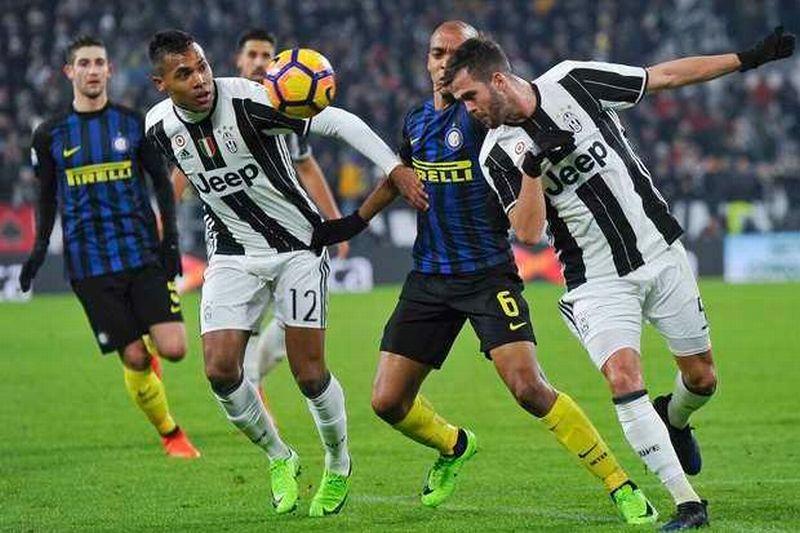 https: img.okezone.com content 2017 08 01 47 1748079 saling-adu-gengsi-di-derby-d-italia-laga-panas-juventus-versus-inter-XK49RnBmZf.jpg