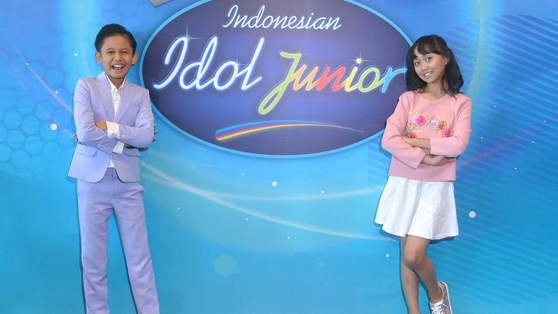 https: img.okezone.com content 2017 08 02 33 1748423 jadi-role-model-anak-indonesia-jebolan-indonesian-idol-junior-ingin-terus-berkarya-abCqD7R00z.jpg