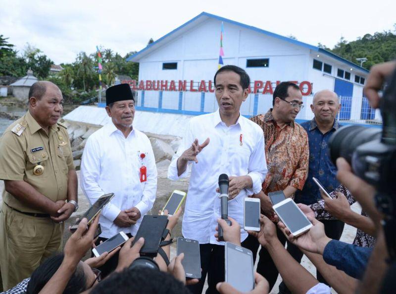 https: img.okezone.com content 2017 08 02 337 1748779 indonesia-sentris-mengupas-lebih-dalam-visi-pembangunan-presiden-jokowi-eW5uy6Dkq2.jpg