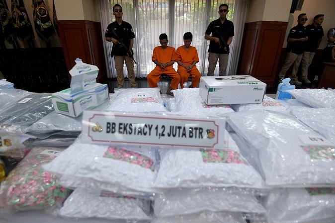 Rilis pengungkapan 1,2 juta butir ekstasi jaringan internasional di Mabes Polri. (Foto: Antara)
