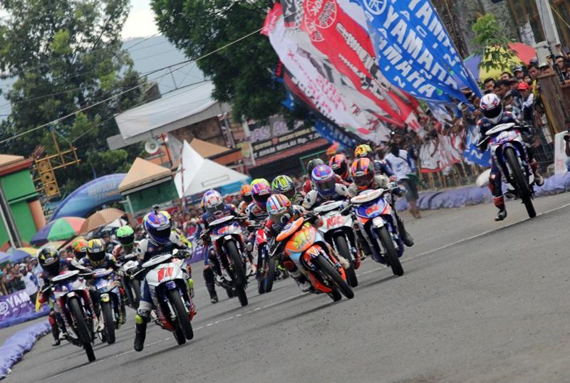 Majukan Dunia Balap Nasional, Yamaha Cup Race 2017 Hadir untuk Pertama Kali di Kebumen