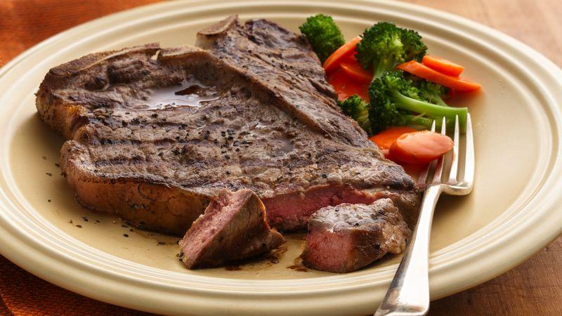 https: img.okezone.com content 2017 08 05 298 1750352 seram-ingin-santap-daging-steak-wanita-ini-malah-temukan-peluru-di-dalam-daging-gUPZur16iH.jpg