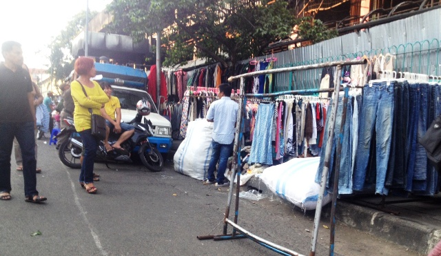 Trotoar di Pasar Senen (Foto: Rizky/Okezone)