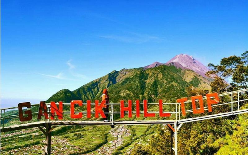 https: img.okezone.com content 2017 08 07 406 1751375 uncover-indonesia-gancik-hill-top-di-boyolali-spot-terbaik-menikmati-sunrise-dan-sunset-HPG2ZHxLvH.jpg