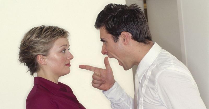 https: img.okezone.com content 2017 08 08 196 1752072 suami-istri-bertengkar-jangan-baper-ini-pertanda-anda-akan-makin-mencintai-Uf3QVQ7hKV.jpg