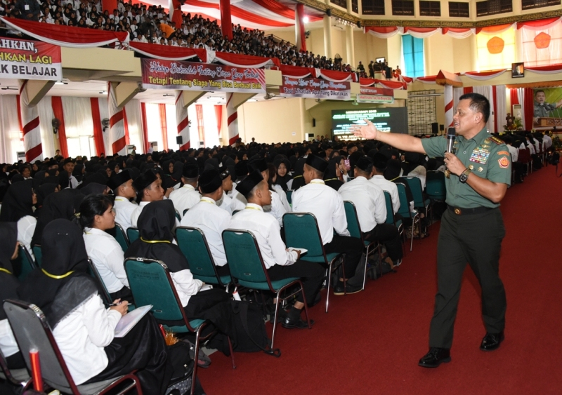 Pesan Panglima TNI pada Mahasiswa: Jangan Hanya Jadi Pemimpi!