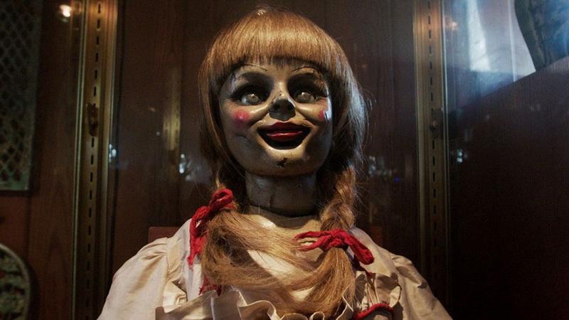 https: img.okezone.com content 2017 08 11 206 1753800 movie-review-annabelle-creation-awal-lahirnya-boneka-penebar-teror-civLQuK4EC.jpg