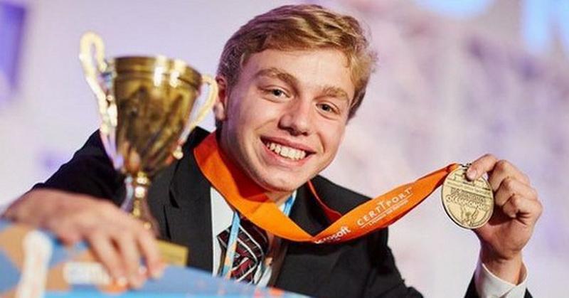 Wow! Masih 17 Tahun, Remaja Ini Juara Kompetisi Excel Tingkat Dunia