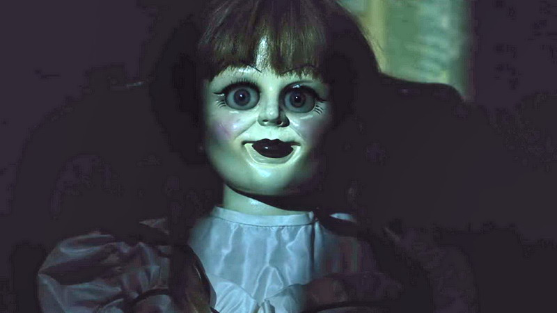 Ngeri! Perempuan Ini Kesurupan saat Nonton Film Annabelle