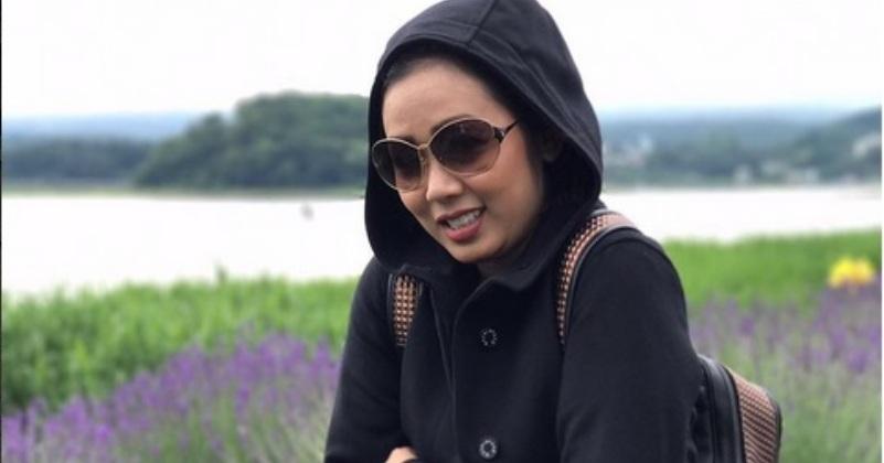 https: img.okezone.com content 2017 08 11 33 1754120 foto-tak-gunakan-make-up-soimah-dinilai-netizen-bak-anak-gadis-cv9jXe65hR.jpg