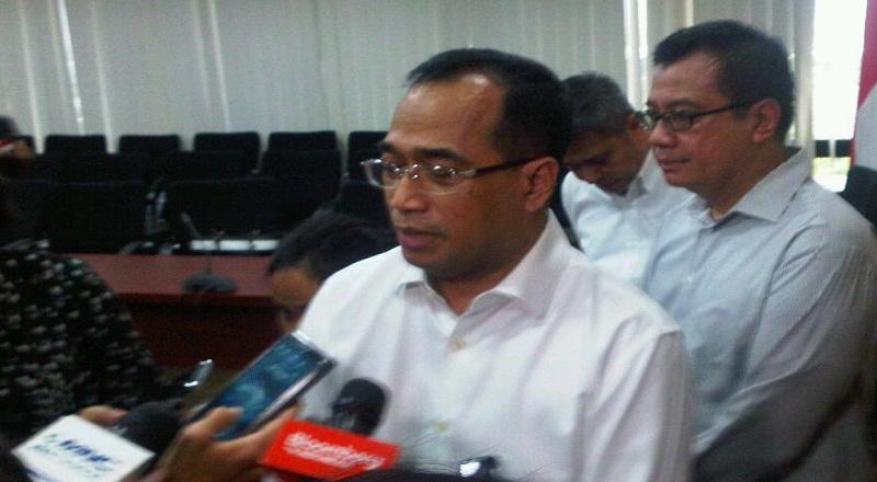 BUSINESS HITS: Gunakan Jalur Tol, Kereta Semicepat Jakarta-Surabaya Sedang Dikaji