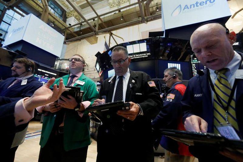 Menguatnya Data Ekonomi Amerika Bikin Wall Street Mixed, Kenapa?