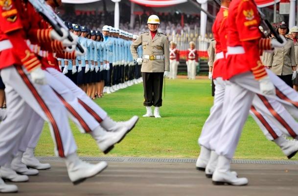 Hari merdeka upacara dimulai ini susunan petugas for Dekor 17 agustus di hotel