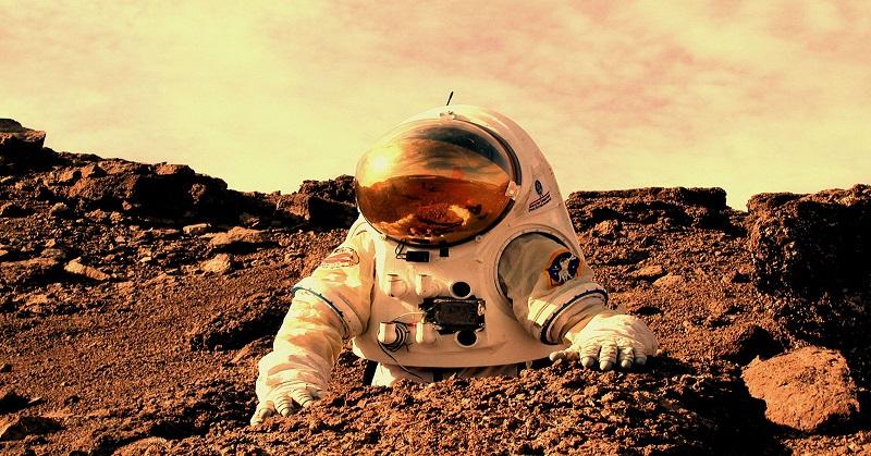 https: img.okezone.com content 2017 08 17 56 1757986 ya-ampun-nasa-ungkap-risiko-astronot-saat-berada-di-luar-angkasa-GayFbZEtxC.jpg