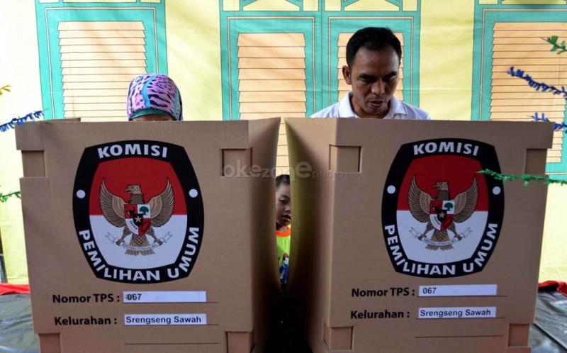KPU Simulasikan Pemilihan Umum, Warga: Sulit Melipat Kartu Suara