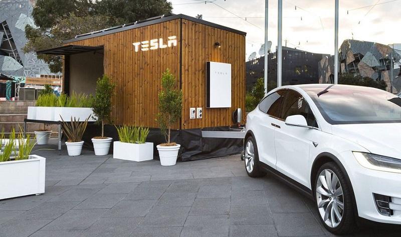 Wow, Tesla Bangun Rumah Mini Bertenaga Surya