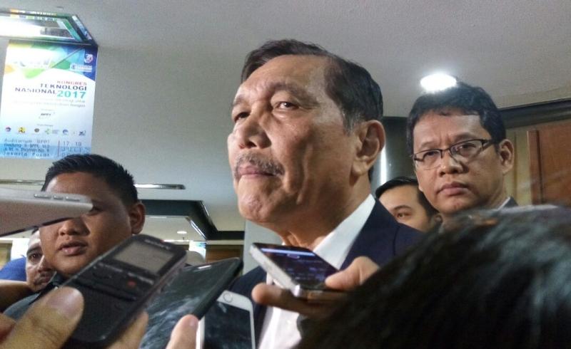 Tawarkan Senator Australia Berkunjung, Menko Luhut Banggakan Perkembangan Papua