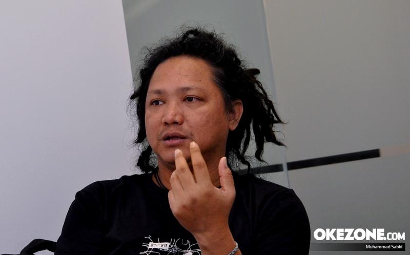 https: img.okezone.com content 2017 08 21 33 1760203 steven-jam-geram-malaysia-salah-cetak-bendera-indonesia-Xyd0ZXAKHp.jpg