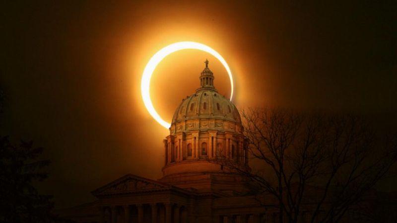 https: img.okezone.com content 2017 08 21 406 1759756 gerhana-matahari-siap-menggelap-gulitakan-sebagian-langit-amerika-hari-ini-9K96m7RHjA.jpg