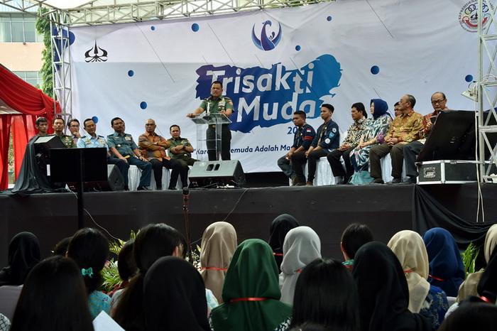 Panglima TNI: Mahasiswa Harus Punya Mimpi yang Tinggi