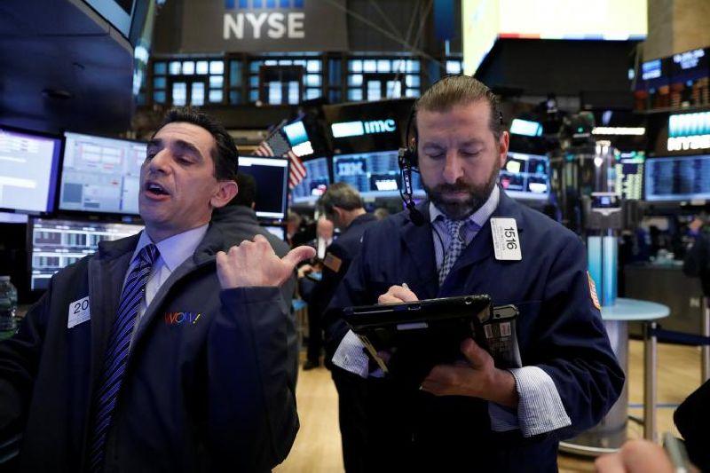 Wall Street Tetap Menguat di Tengah 'Badai' Amerika-Korut