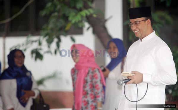 Hari Ini Berangkat Haji Bersama Istri dan Ibunda, Anies Baswedan Mohon Doa