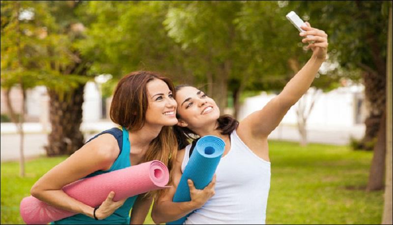 https: img.okezone.com content 2017 08 30 481 1765917 kabar-gembira-foto-selfie-bisa-deteksi-gejala-kanker-pankreas-penyakit-lain-juga-terlacak-heYOTgkP81.jpg