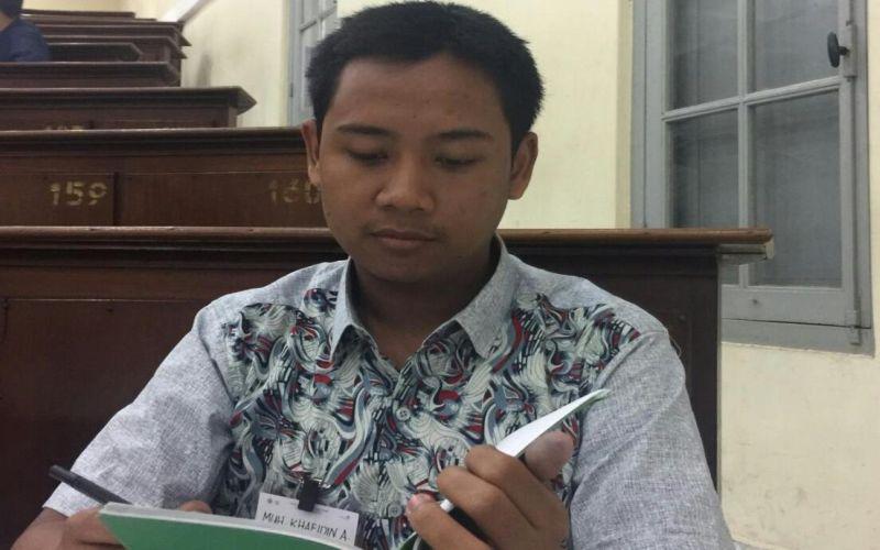 Jempol! Khafid Tak Patah Arang Tembus Fakultas Kedokteran ...