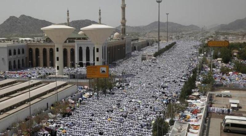 https: img.okezone.com content 2017 08 31 406 1767358 idul-adha-2017-lebaran-haji-di-arab-saudi-ajang-sujud-bersama-umat-muslim-sedunia-bRjSRzn6wZ.JPG