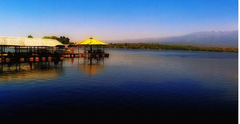 https: img.okezone.com content 2017 09 04 406 1769005 uncover-indonesia-agrowisata-hingga-menyelam-di-pemandian-alam-penuh-ikan-wisata-patut-dikunjungi-di-pasuruan-GfZwsC2lSB.jpg