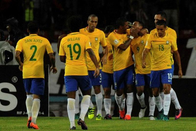 Klasemen Kualifikasi Piala Dunia 2018 Zona Conmebol Brasil Kukuh Di Puncak Argentina Merana Okezone Bola