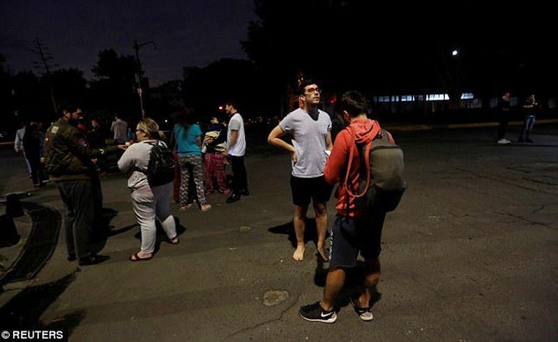 https: img.okezone.com content 2017 09 08 18 1771865 breaking-news-gempa-8-2-sr-guncang-meksiko-berpotensi-tsunami-Xdc7P1nVpc.jpg