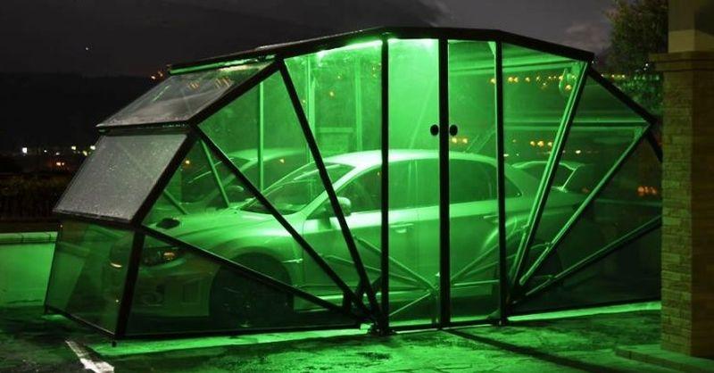 Garasi unik untuk rumah dengan pekarangan sempit (Gazebox)