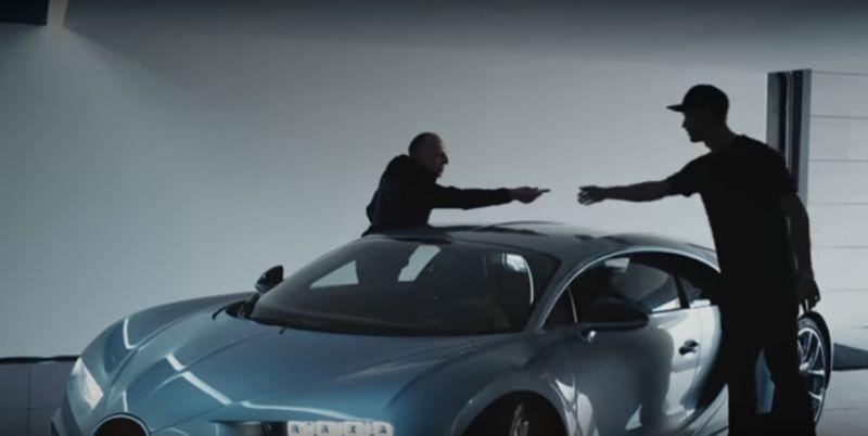 Video Cristiano Ronaldo menjajal Bugatti Chiron (Bugatti)