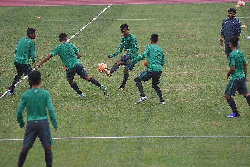 Tertinggal 0-3 dari Vietnam, Netizen Beri Semangat Timnas Indonesia #TimnasDay